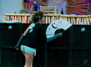 Folding Fans at Motion Notion 2012 by Vindaloo