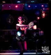 Glow Poi by Cirque de la Nuit: Arniko